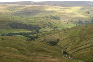 Photo showing the Buttertubs pass from Wensleydale to Swaledale